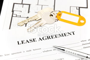 Picture of a landlord/tenant agreement